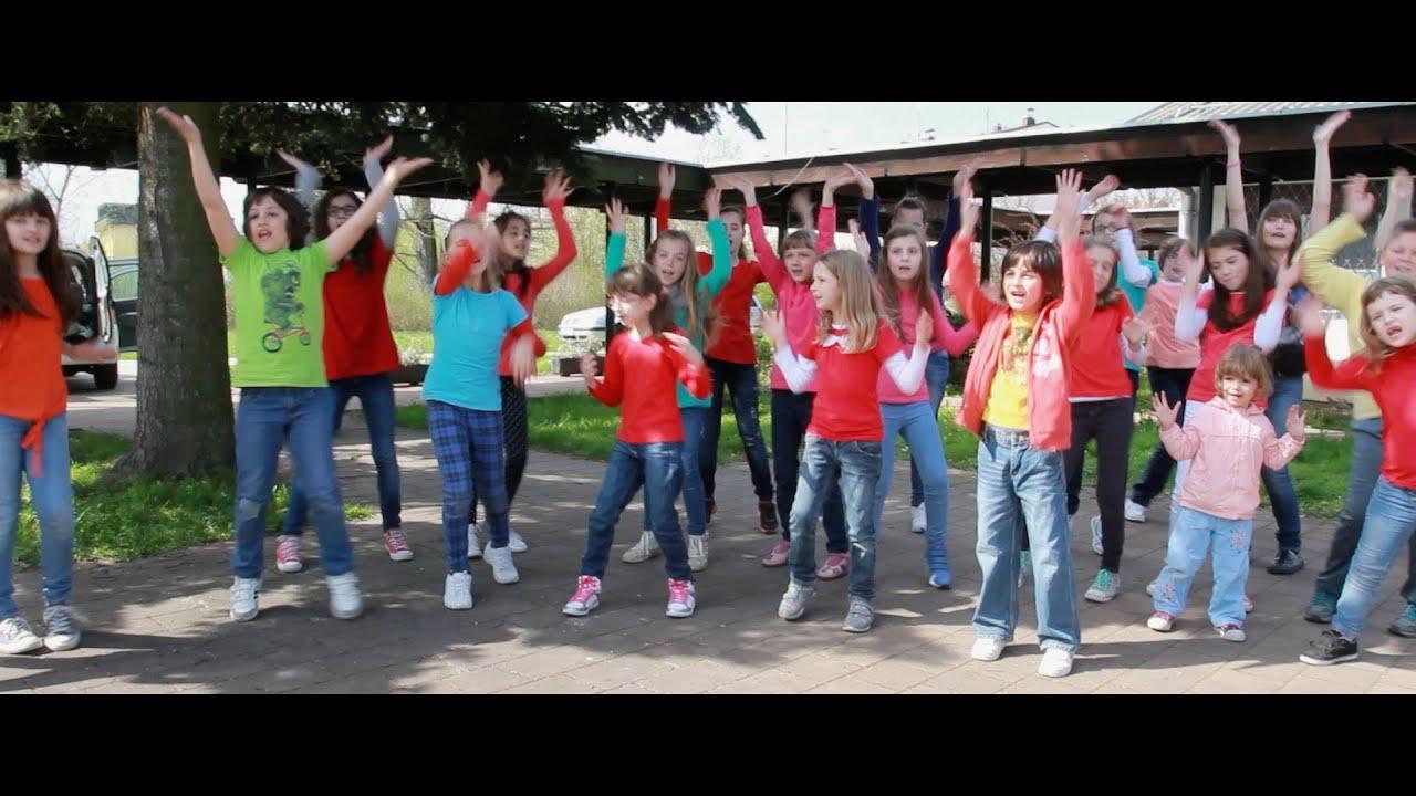 pharrell williams happy childrens choir crescendo