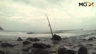 Testing  MGX Rod Lomas 902: Pesca de la Corvina sobre rocas