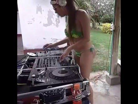 Mujer Dj Desnuda Youtube