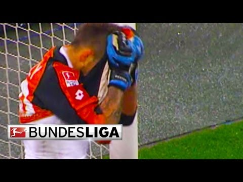 Top 10 Fails - Goalkeeper Blunders
