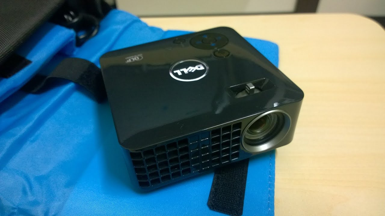 Works Deceptively Well For It's Size! The Dell M115HD Portable Projector  Review