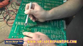 Arcade Repair Tips - Inspecting An Arcade Board