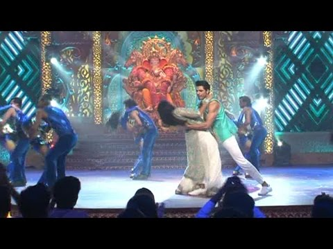 Watch Romantic  Performance of Kaali and...