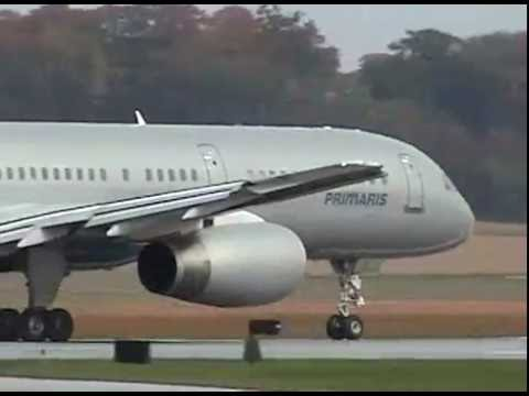Air Force One Takes Off From Lancaster (10/27/04)