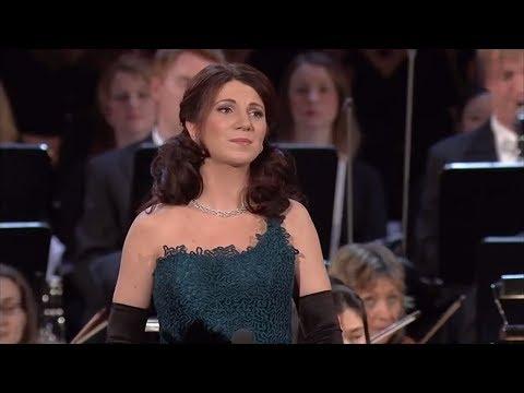 Elisabeth Kulman - Ave Maria (Caccini - Vavilov)