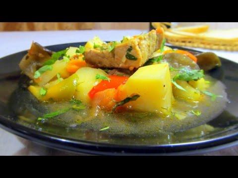Картофель с баклажанами и мясом в мультиварке