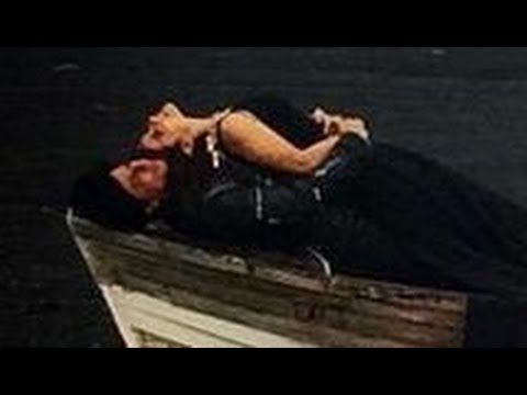 dilwale- -shahrukh-khan-and-kajol-hot-romantic-song-pictures