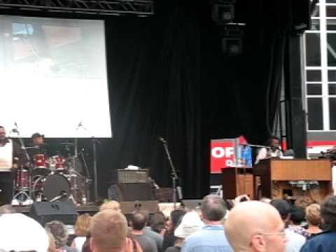 Kitchener Gets Ready for Buckwheat Zydeco at  2010 Blues Festival