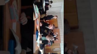 Урок русского языка, для моего класса норма😂