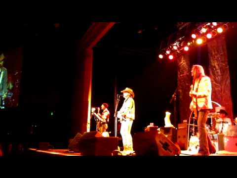 "Dwight Yoakam - ""Ring of Fire"" - Horseshoe Casino - Tunica,MS - 02/05/11"