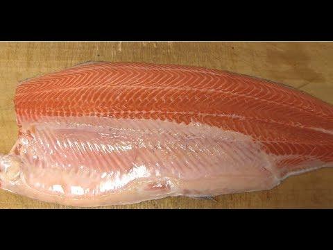 サーモンの三種の握りの作り方 how to fillet a Norway salmon and make sushi 寿司屋の仕込み