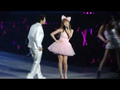 SNSD Concert- Jessica & Donghae (Super Junior)- Barbie Girl @ Taiwan (101016)