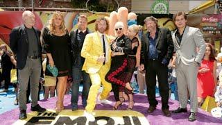 'Emoji Movie' stars pick their favorite emojis thumbnail