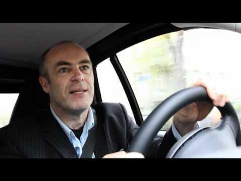 Peter 'Siska' Kremer fährt zum 1. Mal Elektro-Auto