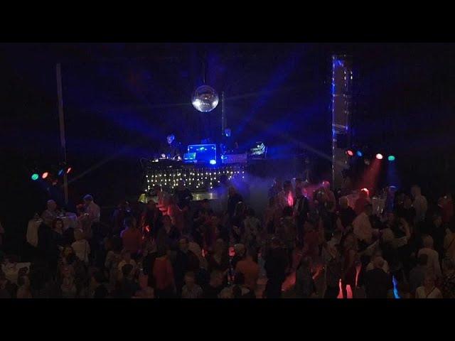 Ночные клубы для тех кому за 50 ночные клубы краснодара сайт