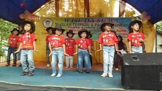 Anak Gembala - Wisuda Tk. Ar Rahman 2012-2013