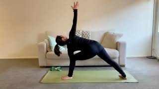 30 Minute Stretch Your Side Body Yoga Flow