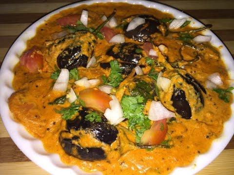 Hyderabadi bagara baingan recipe in hindi - Eggplant curry - baigan ki sabji- lunch/dinner recipe