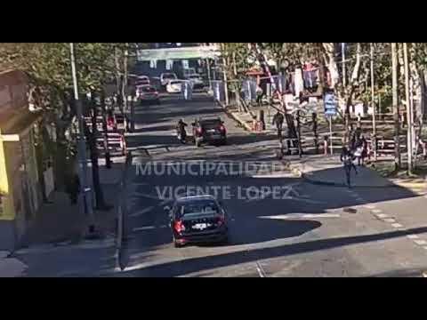 Vicente López: atropelló y dejó gravemente herido a un motociclista por una discusión de tránsito