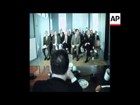 SYND 1 2 70 LIBYA HOLDS A MEETING OVER OIL NEGOTIATIONS
