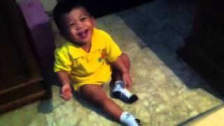 My baby bala bala laughing hysterically (bayi ngekek ketawa ngakak)