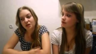 Две девушка красиво поют Я малолетняя дочь  Two beautiful girl I sing little daughter