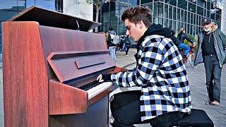 Mad World - STREET PIANO PERFORMANCE