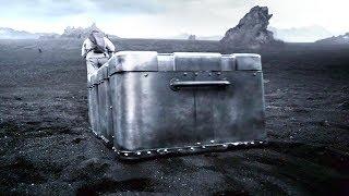 男子被流放恐怖星球,只有带着金属大箱子,才能侥幸活下来!