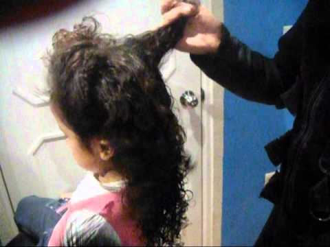 consejo para desenredar el cabello de una manera facil detangle hair ... ad65a96cc062