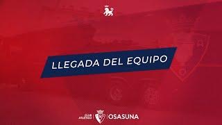 Llegada del C.A. Osasuna al estadio de El Sadar