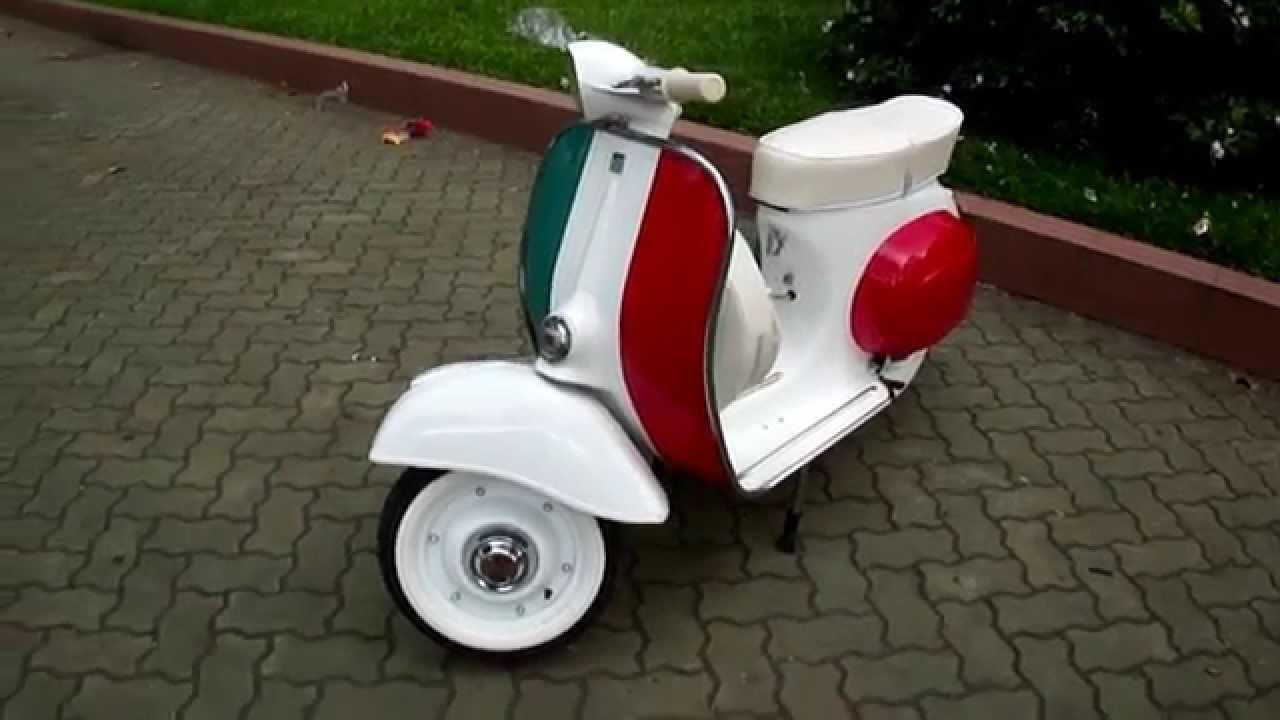 Classic Vespa Mini 50cc In Italy Flag Id Sv 0114 Www