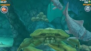 Hungry Shark Evolution Big Daddy (Dunkleosteus) Defeating Giant Yellow Crab