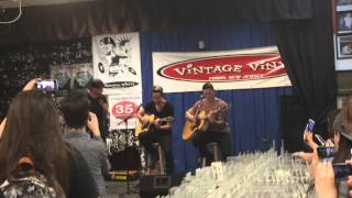 All Time Low - Dear Maria, Count Me In (Acoustic) Live at Vintage Vinyl