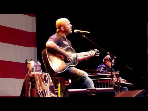 Aaron Lewis - What Hurts The Most HD Live in Lake Tahoe 8/06/2011