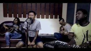 Baixar ေဝလ - အနီးဆံုးရန္သူ (Acoustic Version)