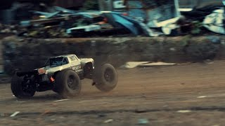 ARRMA 1/8 OUTCAST 6S BLX Stunt Truck Brushless 4WD RTR Video