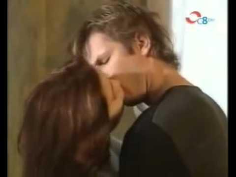 Mili e Ivo hacen el amor por primera vez - Muñeca Brava