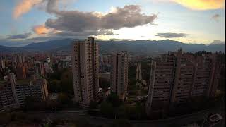 Atardecer desde el Poblado en Medellin
