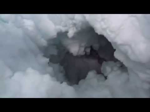 Dramatic Video: Injured climber films his own escape from a Himalayan crevasse