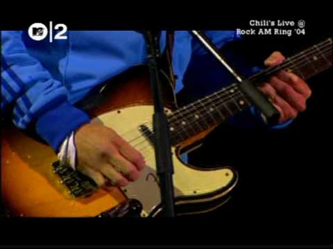 01 - Red Hot Chili Peppers - Give It Away - Live Rock am Ring '04.mpg