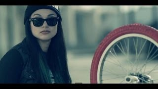Смотреть клип Snow Tha Product - Doing Fine