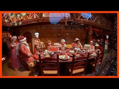 Hudson's Bay Christmas Windows in Toronto - Ken's Vlog #545