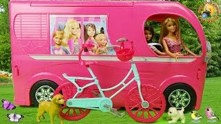 Авто домик для куклы Барби с мебелью. Распаковка игрушек для девочек  Barbie Pop Up Camper 2015(Машина Кемп для путешествий - Игровой набор из мультфильма