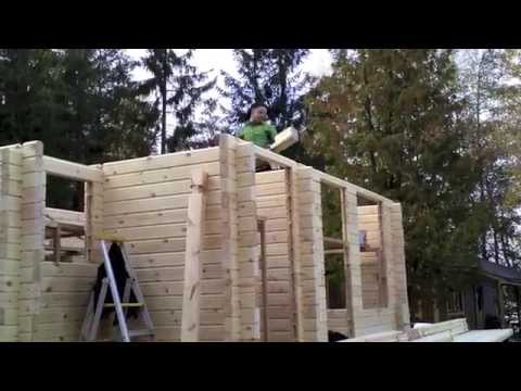 Building a log cabin in Finland: Putting up the walls (Part 6)