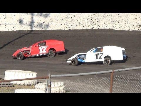 Dirt Modified  HEAT ONE  6-11-16  Petaluma Speedway