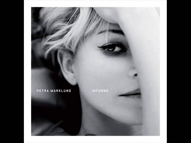 Petra Marklund - Förlorad Värld [LIVE]