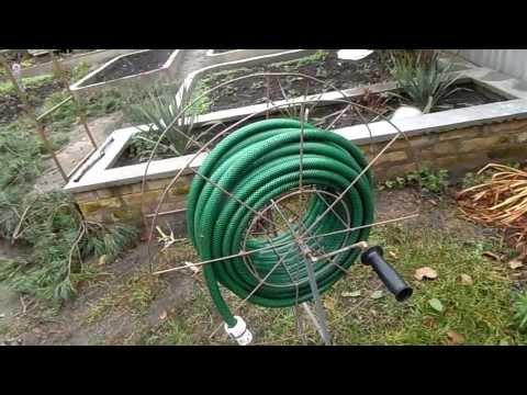 видео: Приспособление для намотки и хранения садового шланга