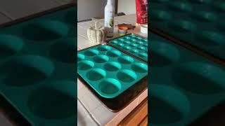 Stinky trash muffins
