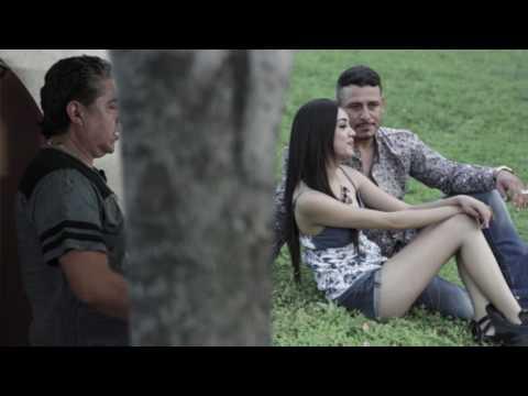 Los Invasores de Nuevo Leon - Medico de Barra (Video Oficial)
