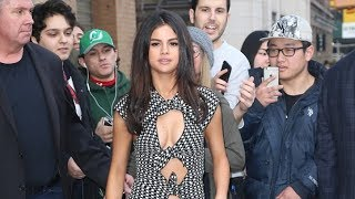 Gambar cover When Selena Gomez Goes Out in Public